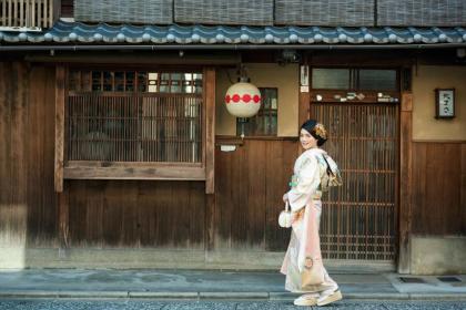成人式前撮り 京都ロケ 振袖着付け 和装ヘアセット